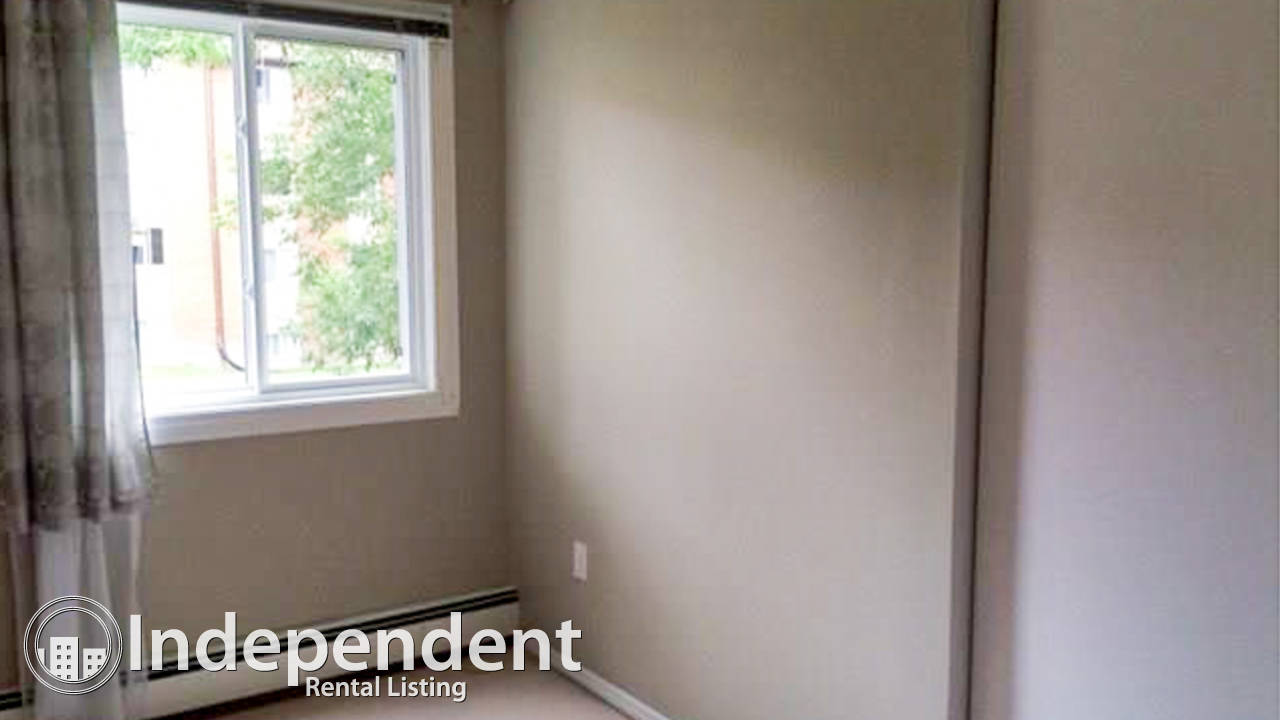 Clean Condo in Canyon Meadows: Utilities Included