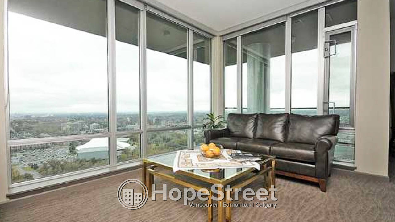 Luxurious 2 Bedroom Condo in Victoria Park