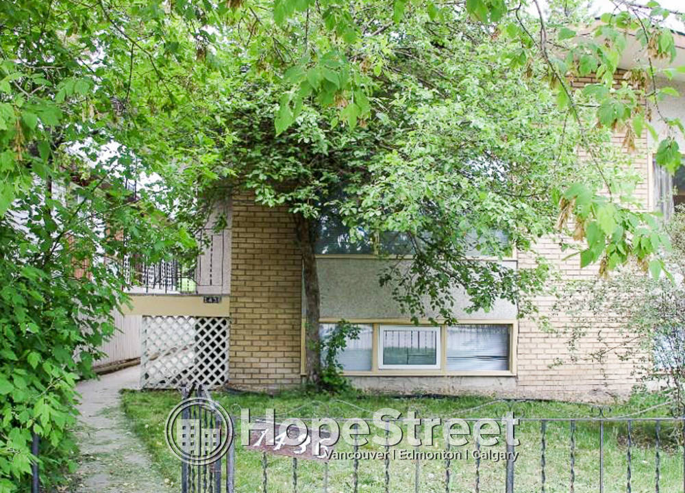 1436 A 21 Avenue NW, Calgary, AB - 1,395 CAD/ month