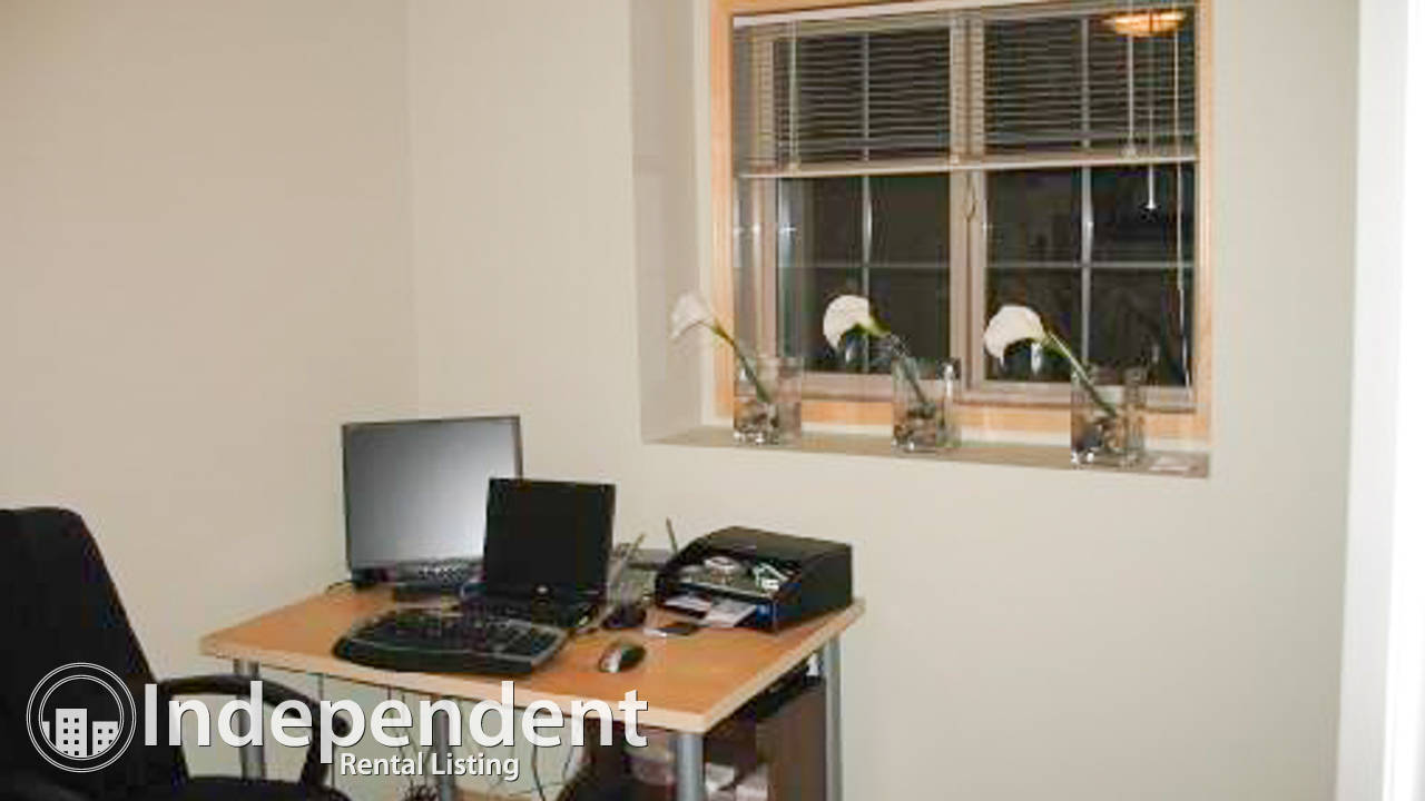 2 Bedroom Condo for Rent in Evergreen