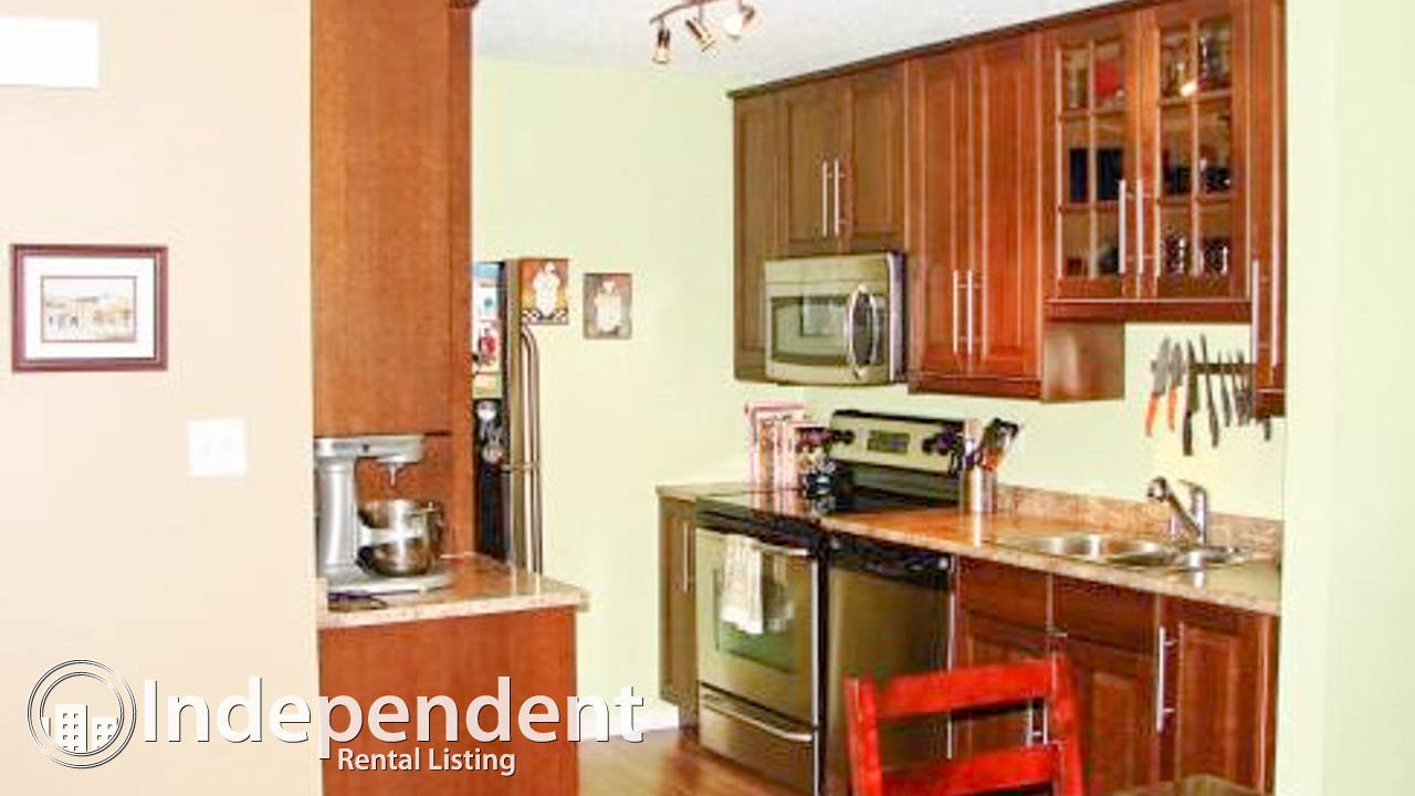 Great 3 Bedroom Townhouse in Southwood