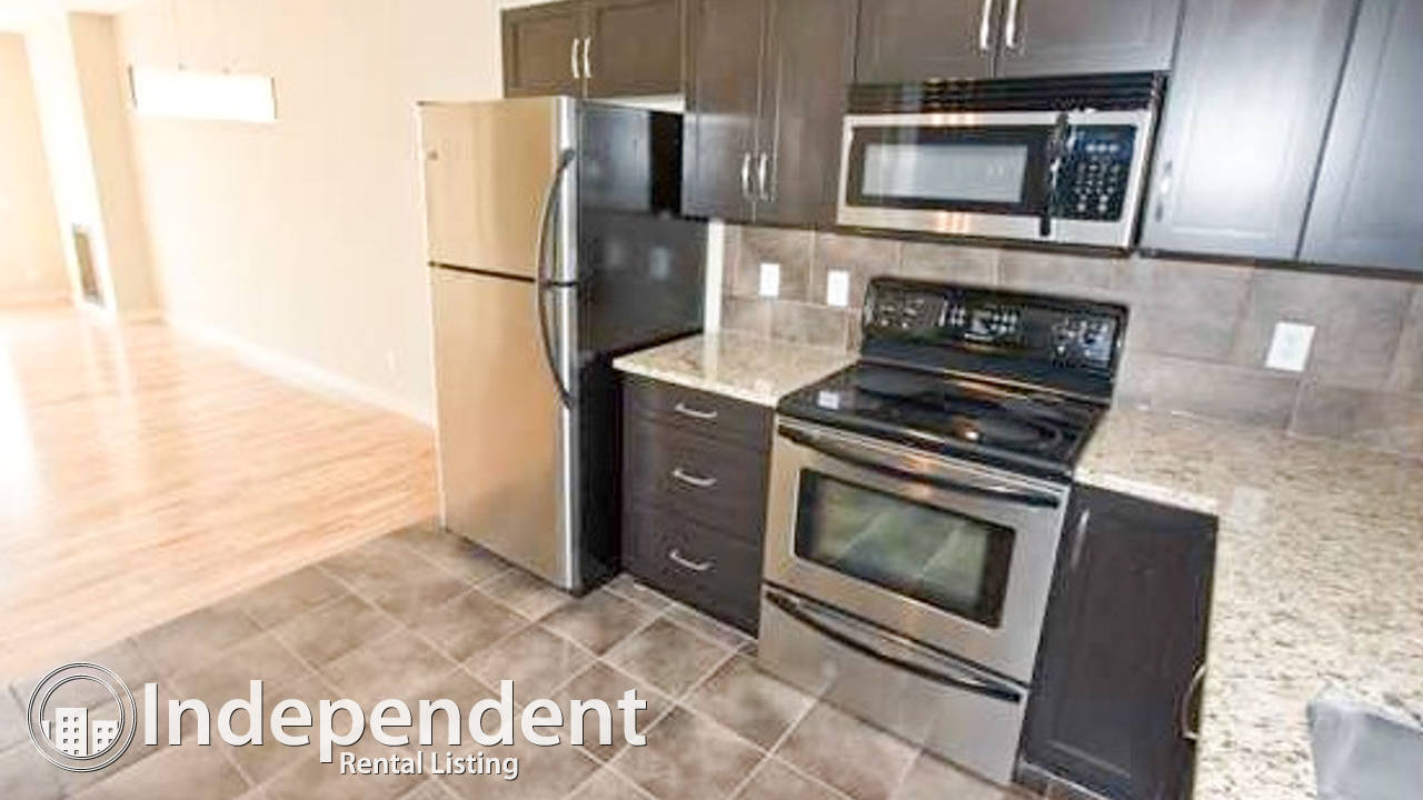 Gorgeous 2 Bedroom Townhouse in Cougar Ridge