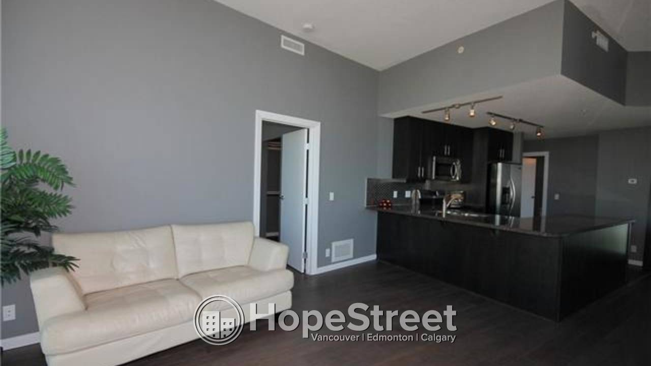 GREAT DEAL! 2 Bd Executive AP in Victoria Park: FIRST MONTH FREE RENT!!!