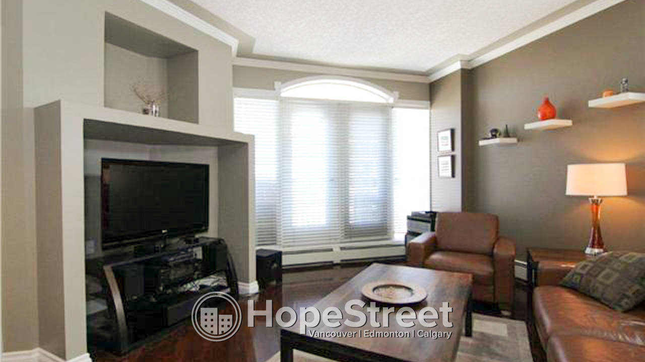 2 Bedroom Condo in Downtown Connaught