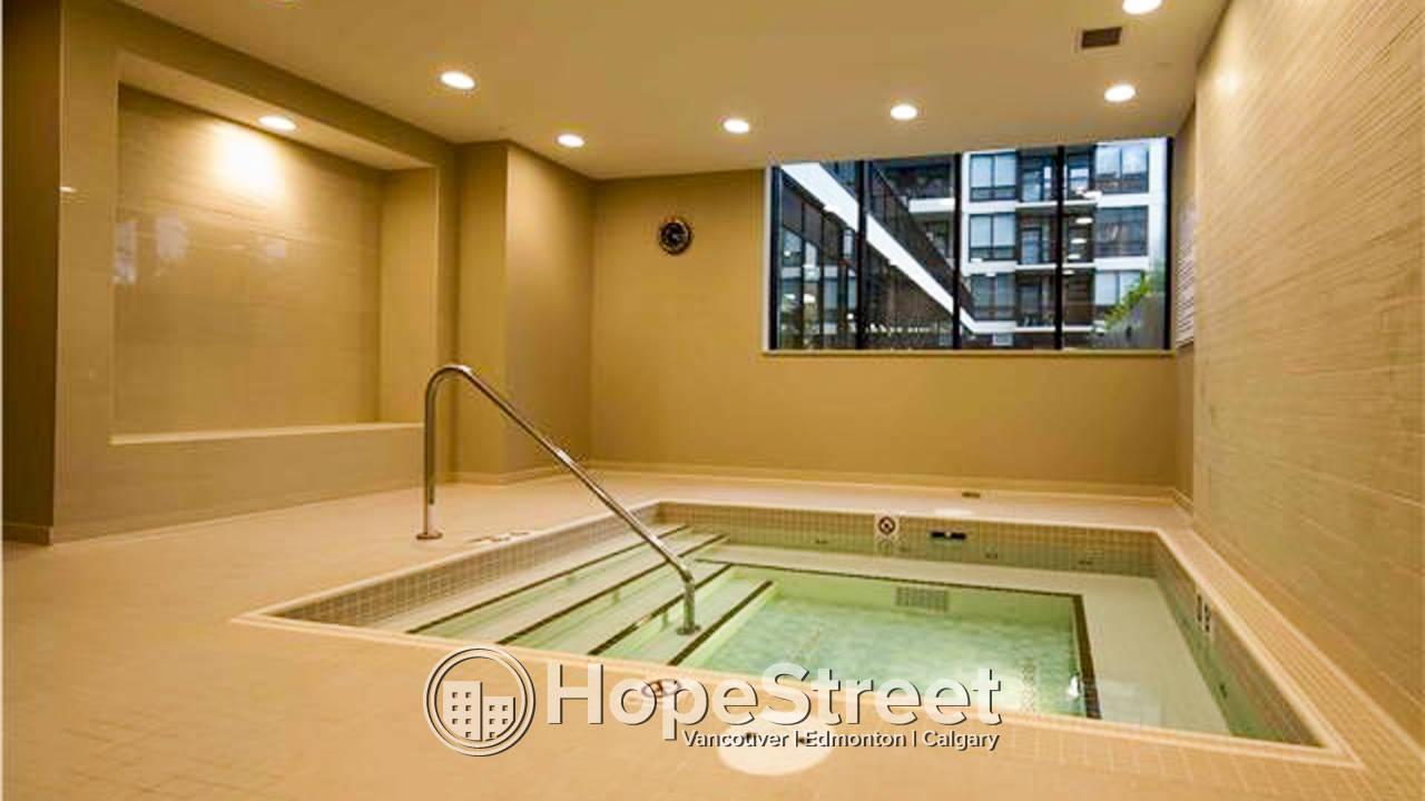 1 Bedroom Condo in Eau Claire/ Heat & Water Included!