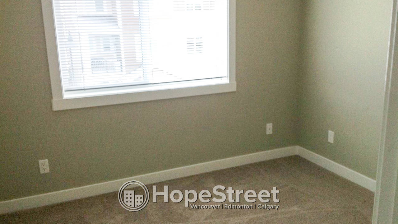 2 Bedroom Apartment in Chestermere