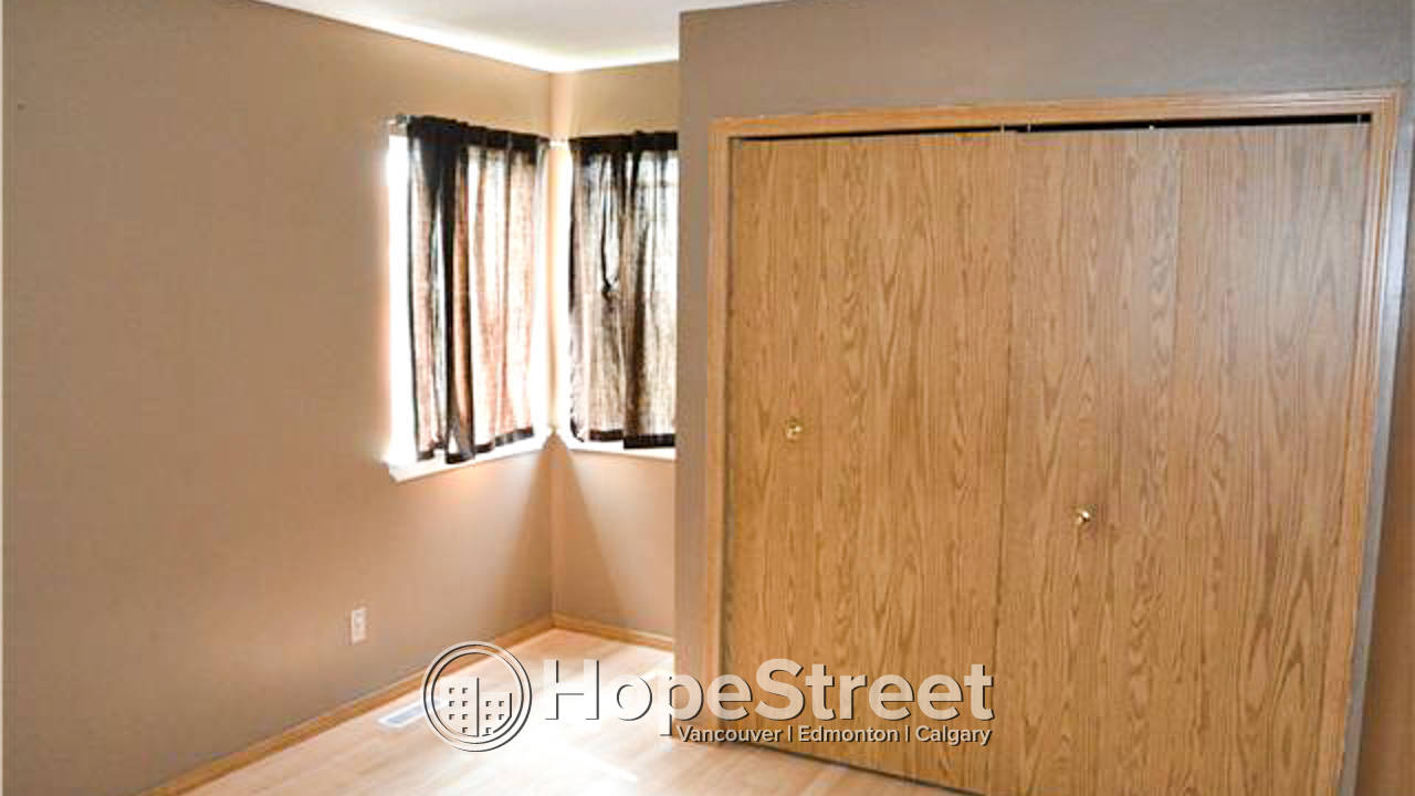 4 Bedroom House in Hidden Valley: Pet Negotiable