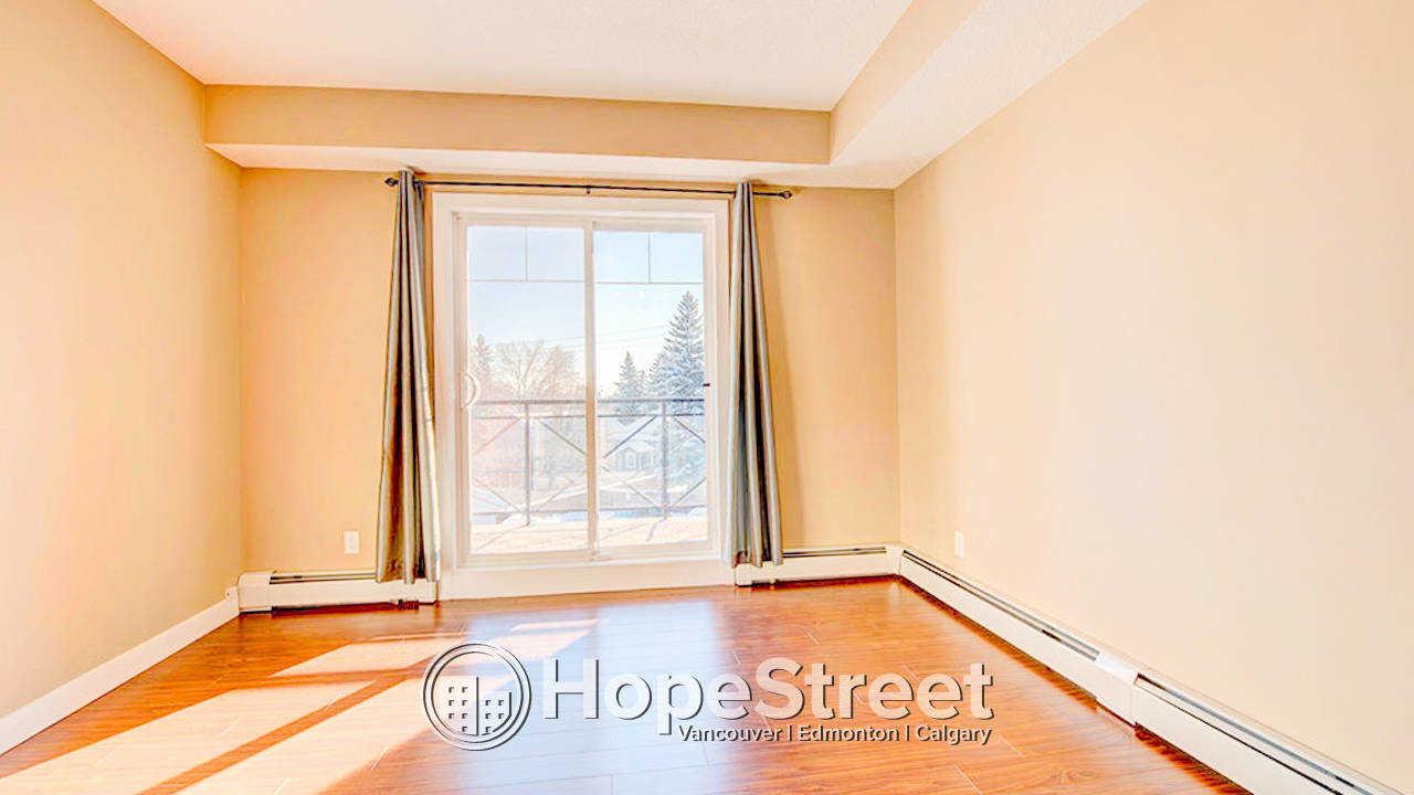 One Bedroom + Den/ TOP FLOOR CORNER Unit for Rent in Tuxedo