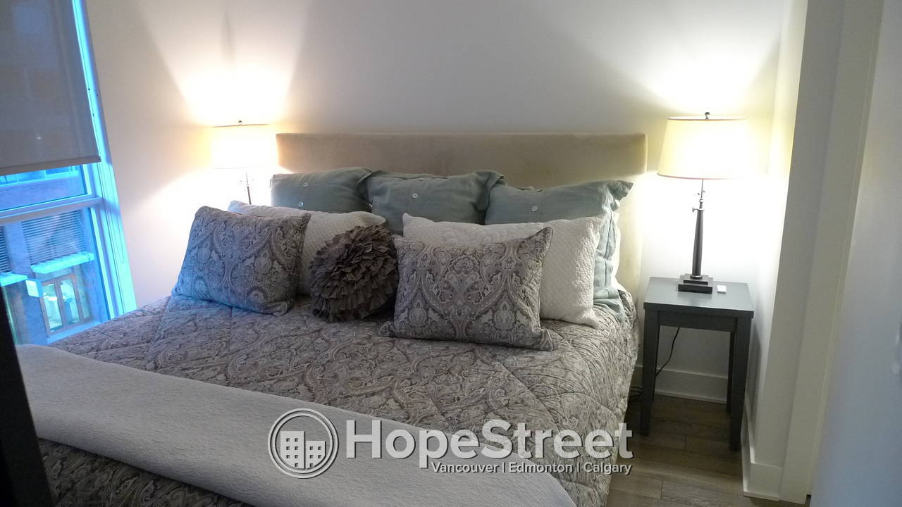 1 Bedroom + Den Condo in East Village!