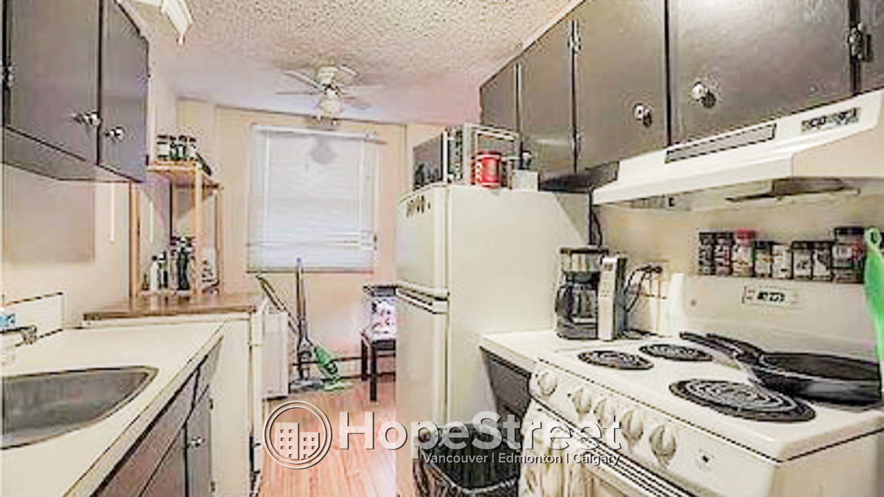 1 Bedroom Apartment for Rent by SAIT w/ Parking