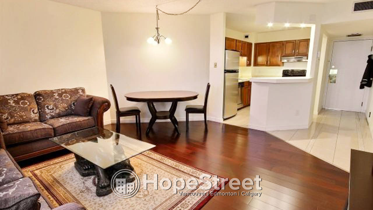 Renovated 1 Br Apartment for Rent in Connaught: Cat Friendly