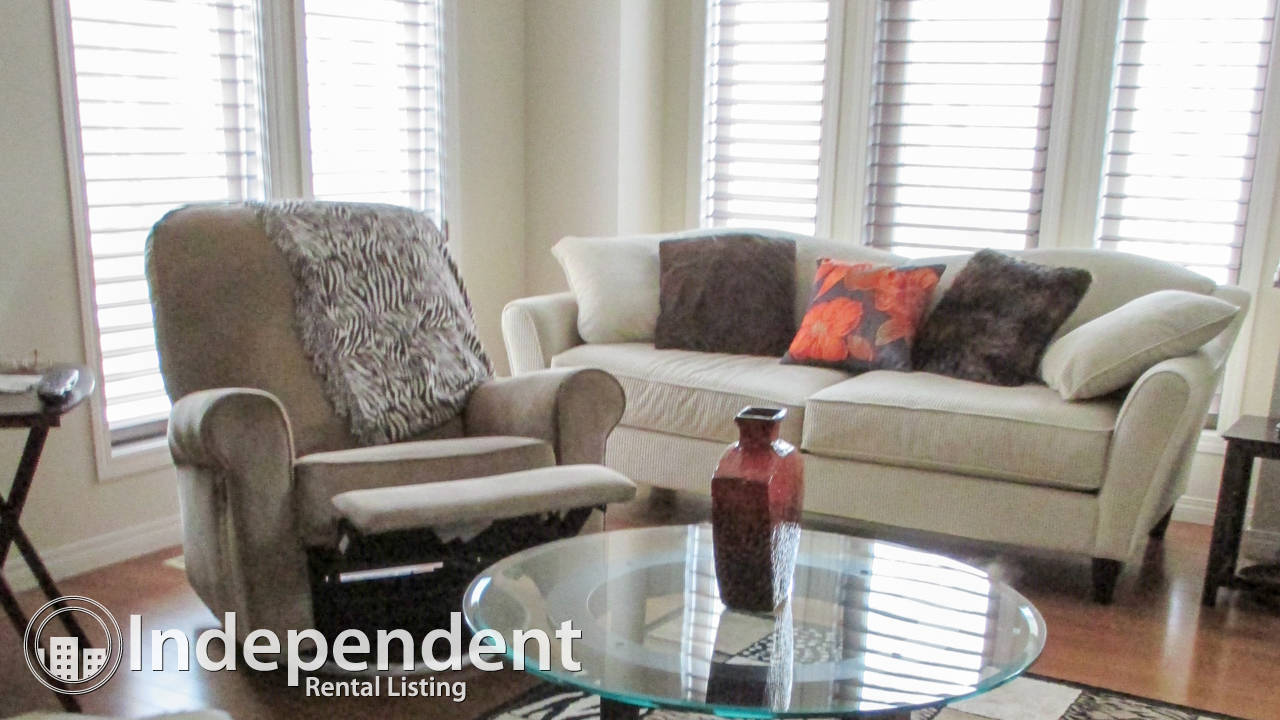 2 Bedroom Townhouse for Rent in Auburn Bay: Lake Access