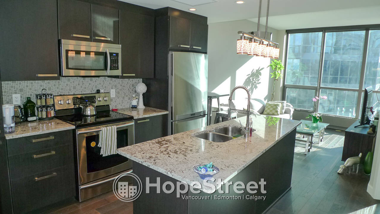1 Br Condo for Rent in Victoria Park w/ Undergrounf parking & In-suite Laundry