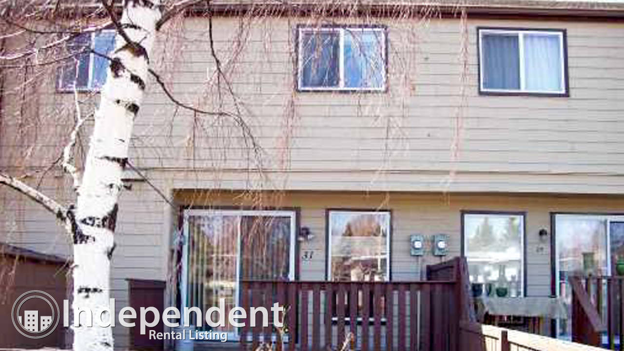 3 Bedroom Condo for Rent in Dalhousie: Pet Friendly w/ PARKING