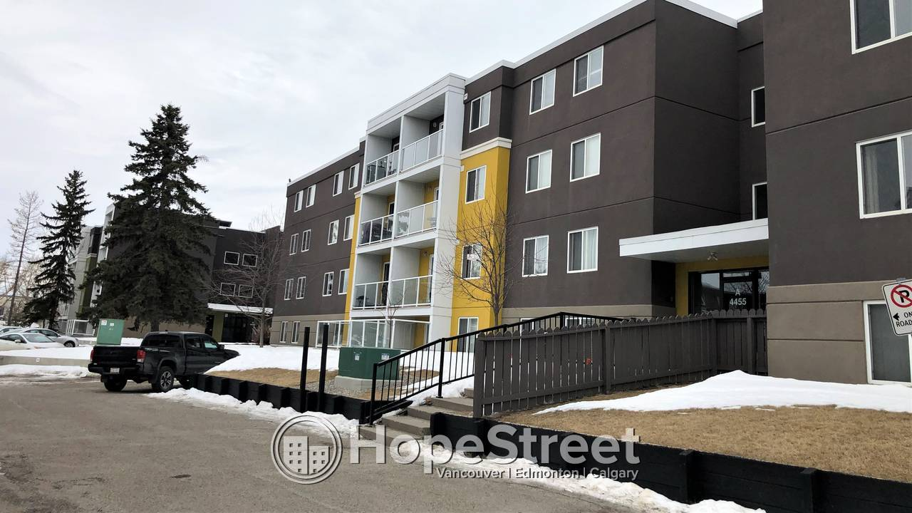 2 BD Condo for Rent In Greenview Community!