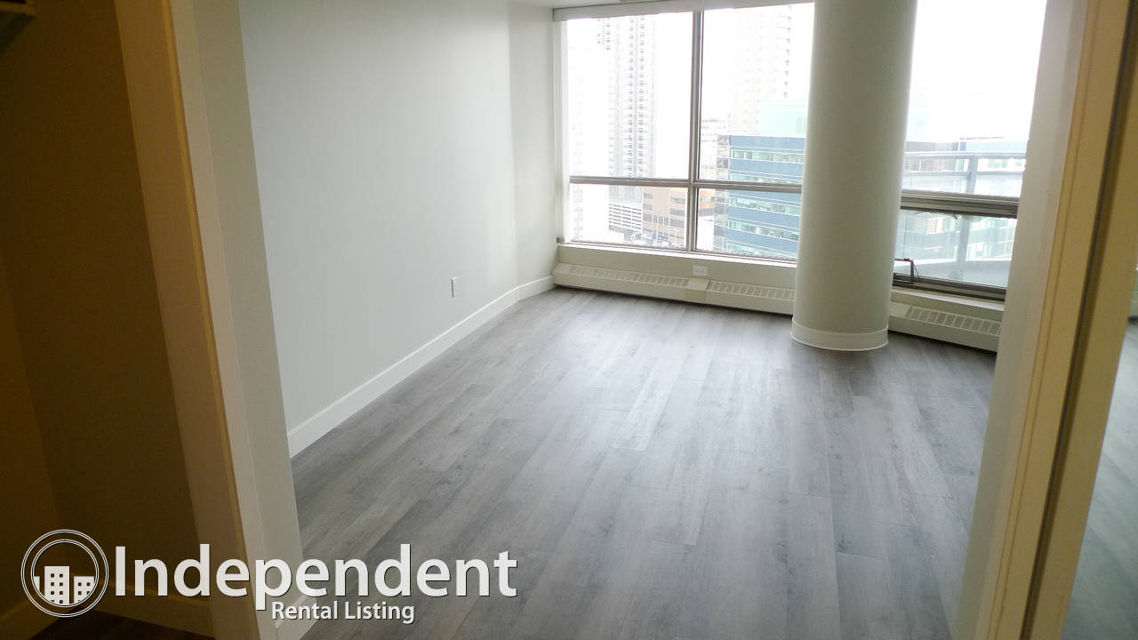 2 BR + Den Apartment for Rent in Downtown w/ TWO BALCONIES