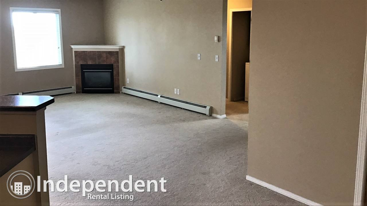 1600sq ft Penthouse Apartment: Utilities Included