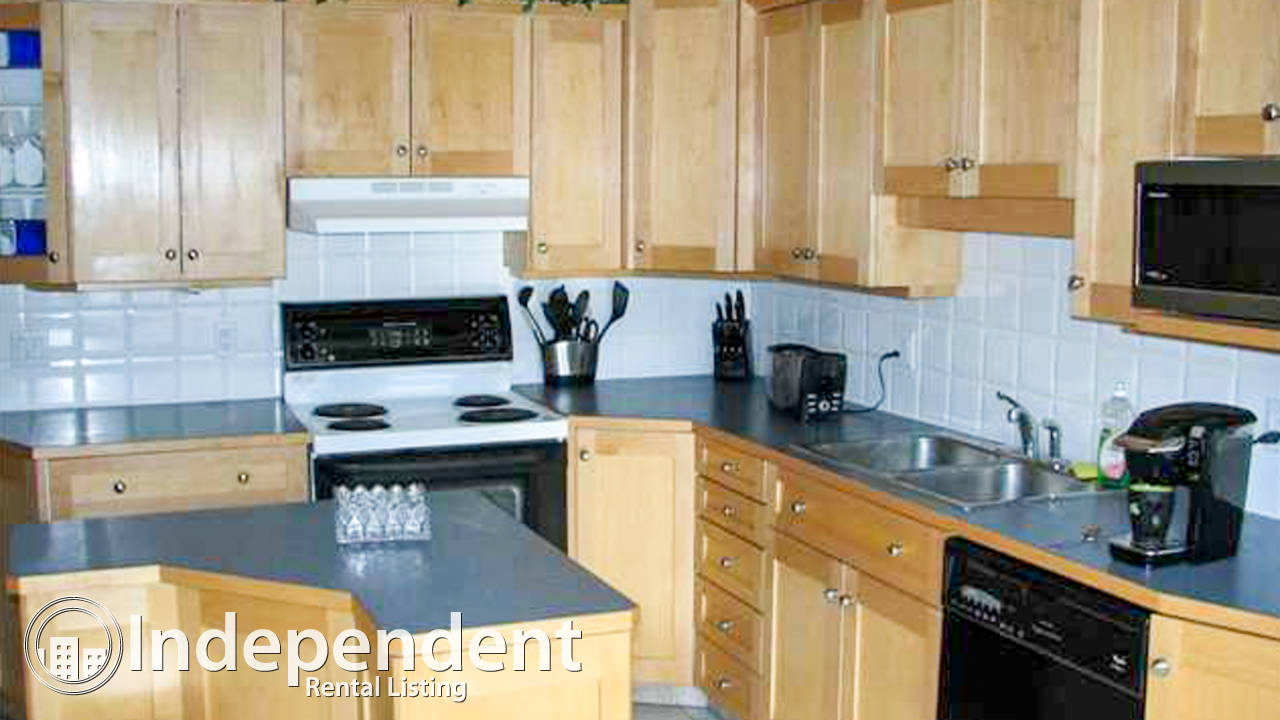 3 Bedroom Townhouse for Rent in Woodlands: Pet Friendly