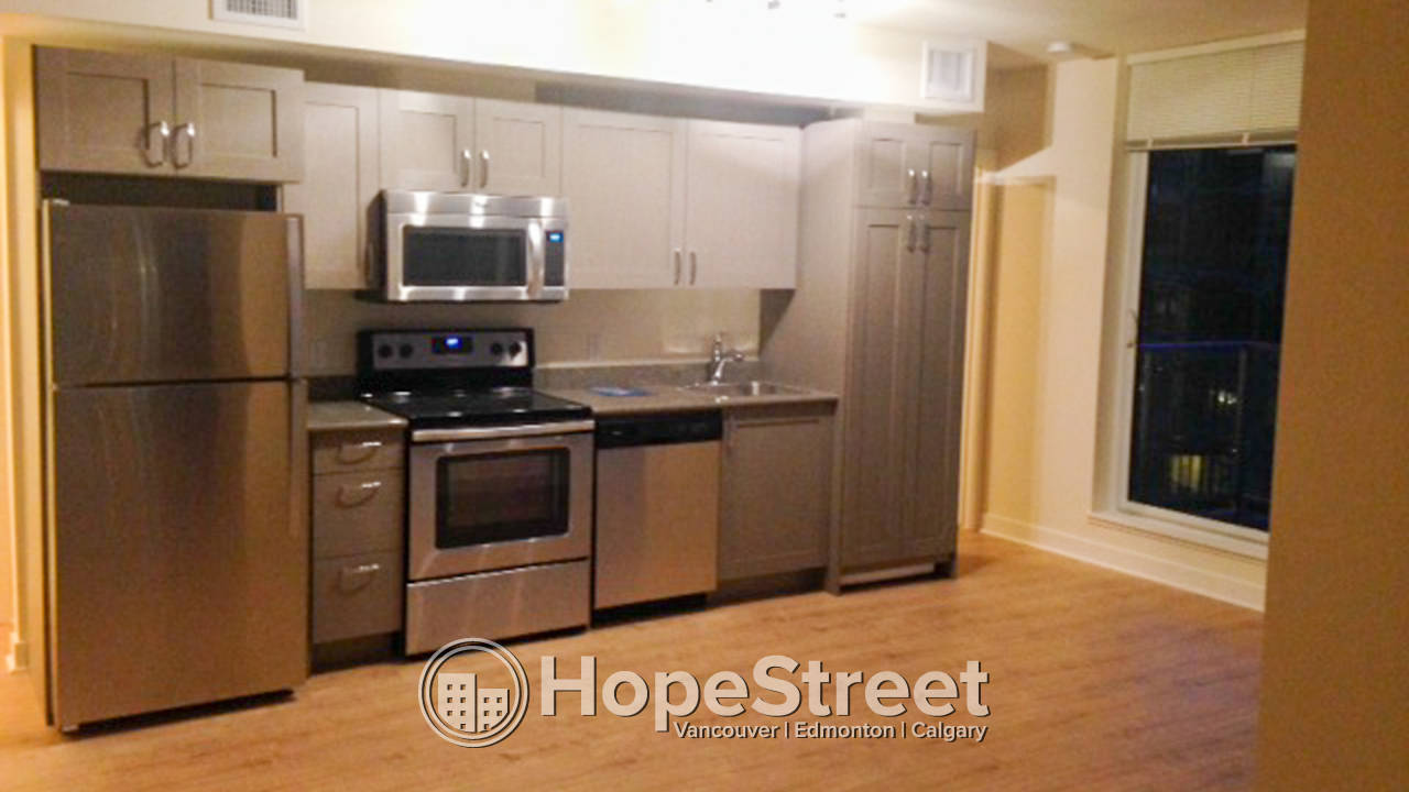 2 Bedroom Condo for Rent in Brentwood