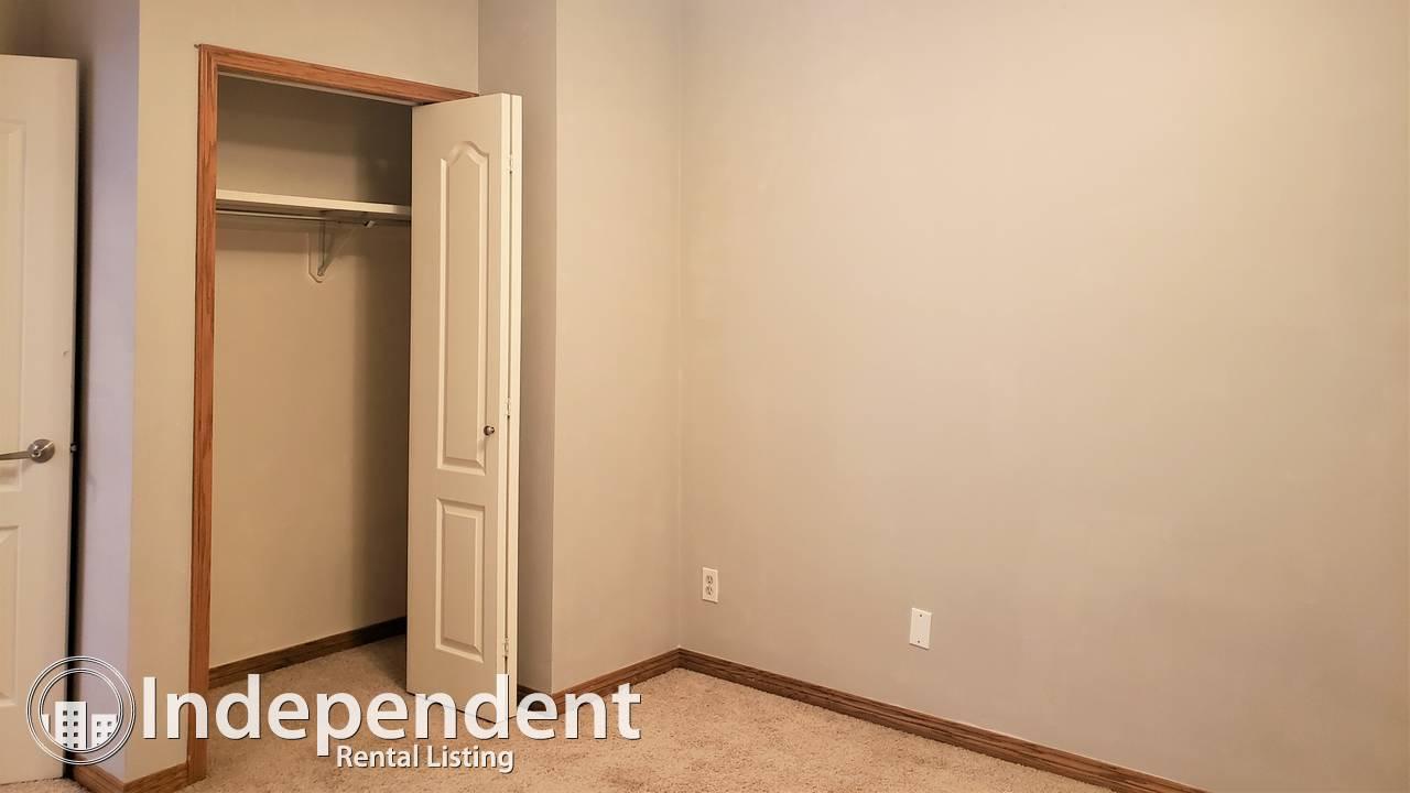 2 Bedroom Condo for Rent in Crescent Heights