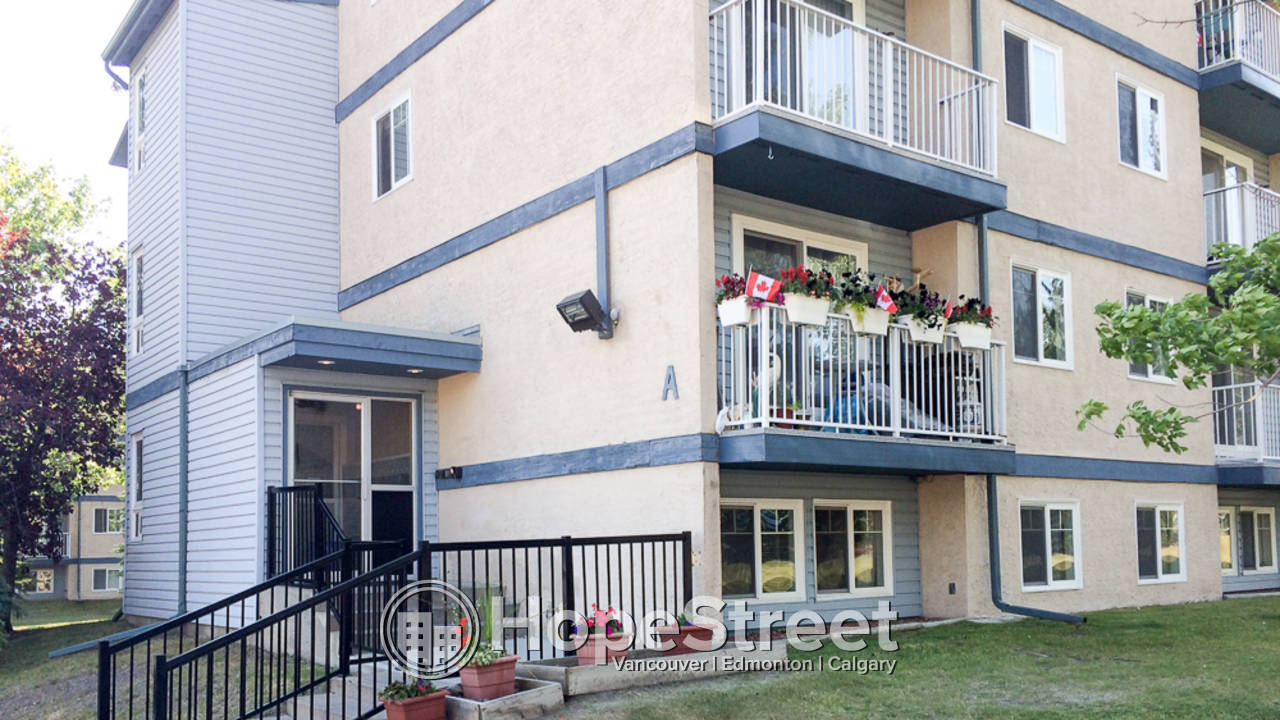 2 Bedroom Condo for Rent in Dalhousie: Pet Friendly