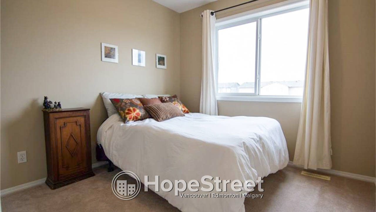 3 Bedroom Townhouse for Rent in Airdrie