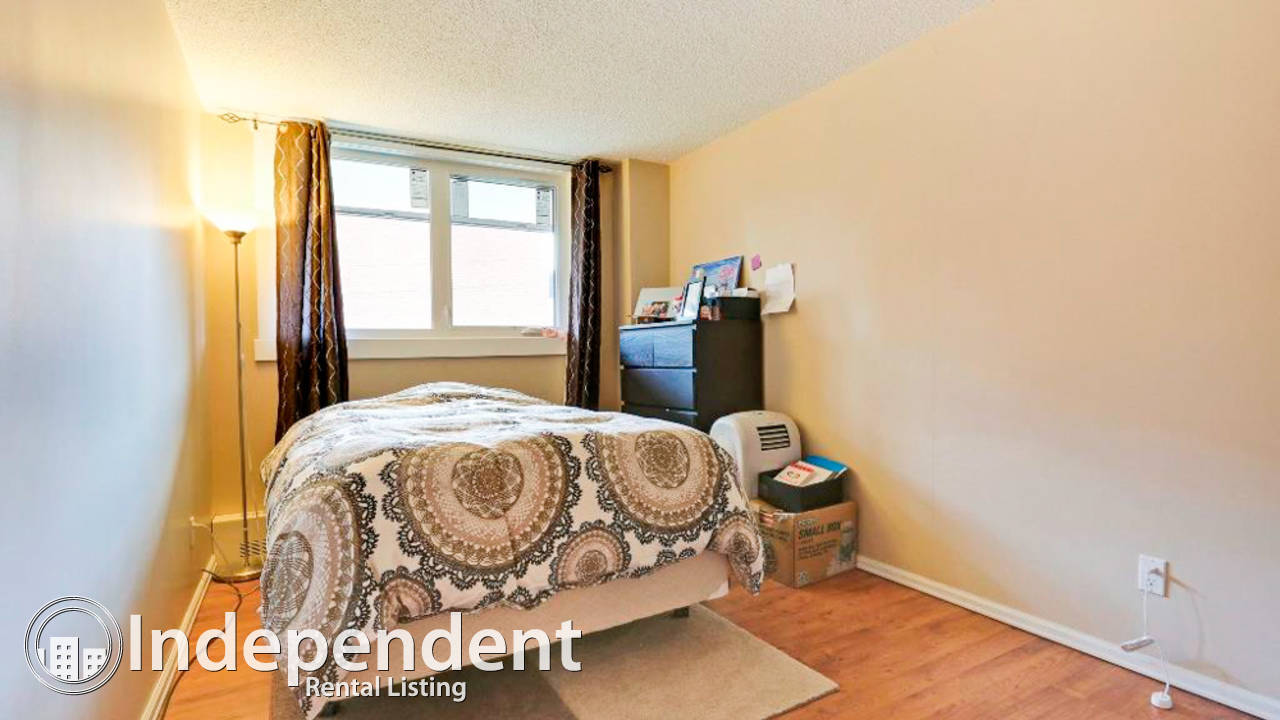 2 Bedroom Condo for Rent in Windsor Park: Free Internet and Cable