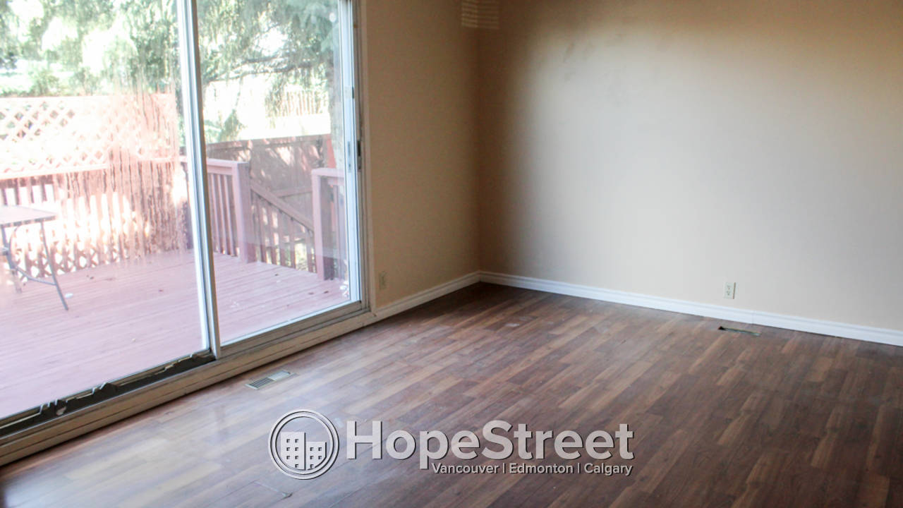 3 Bedroom Duplex for Rent in Forest Heights: Dog Friendly