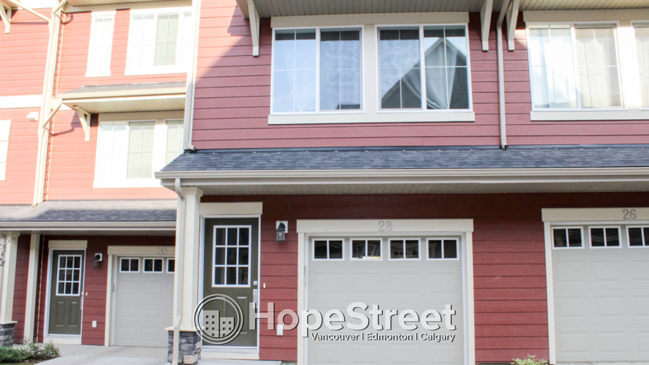 2 Bedroom Townhouse for Rent in Kincora: Furnishings Negotiable