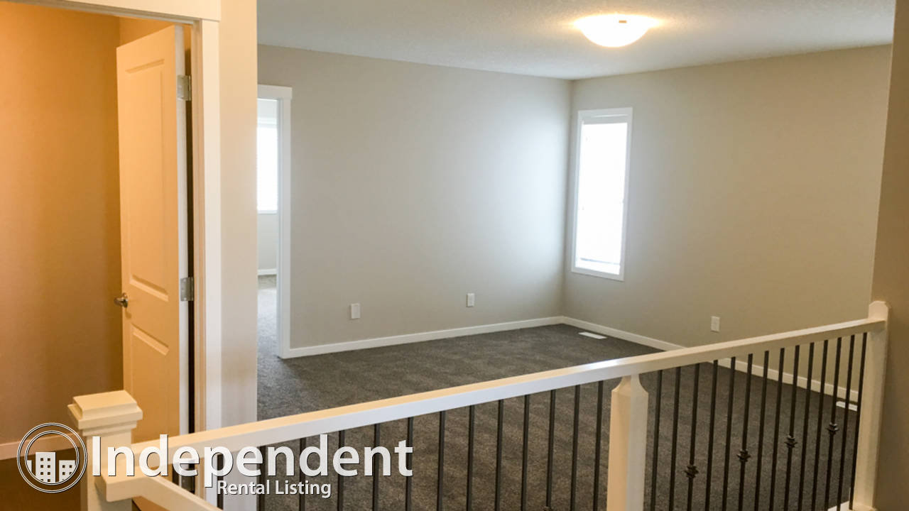 URGENT - 2016 built - New 3 Br House for Rent in Nolan Hill