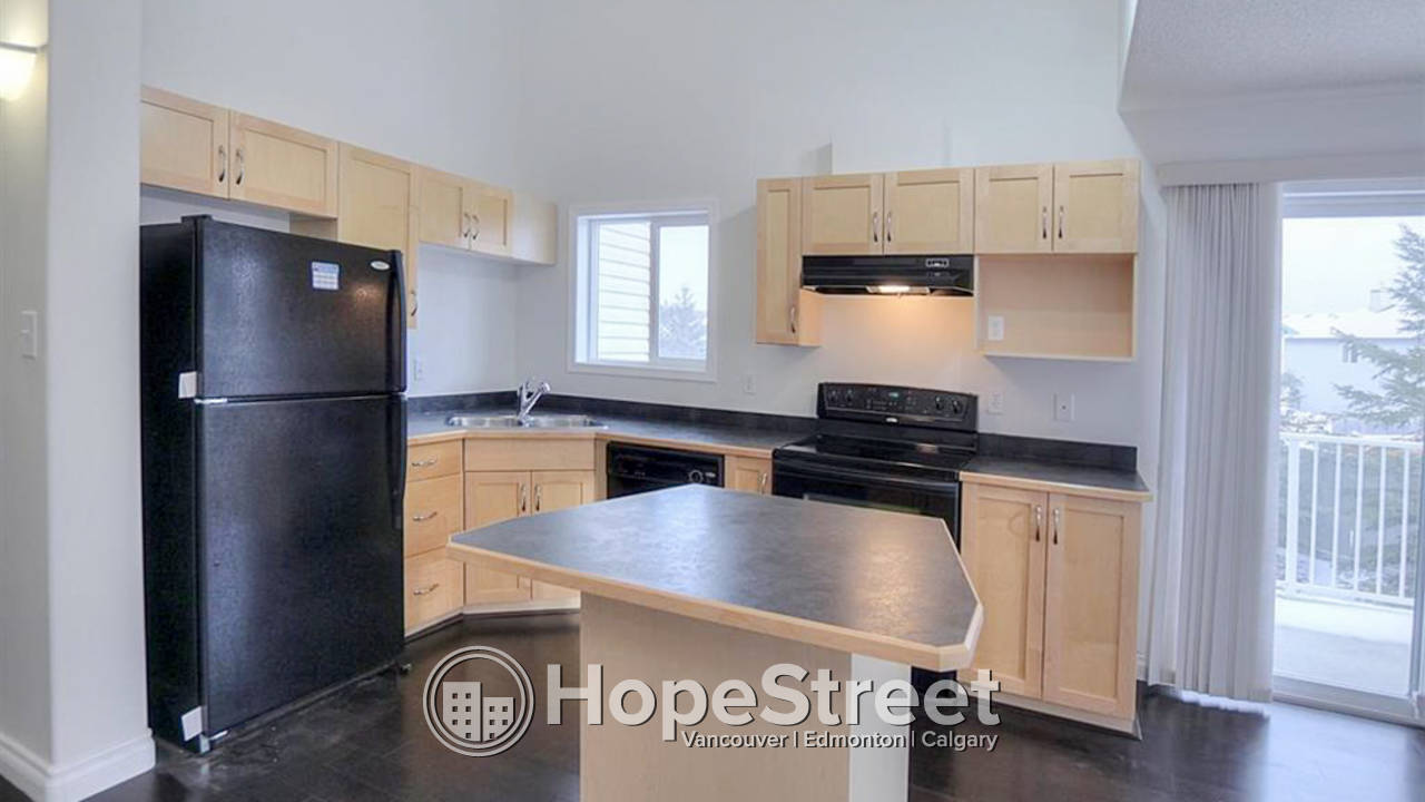 2 BR Condo w/ Large Second Story Loft in Ellerslie: HEAT & WATER INCLUDED
