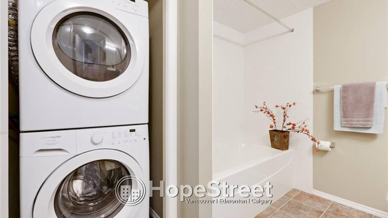 2 Bedroom + Den Condo for Rent in Albert Park