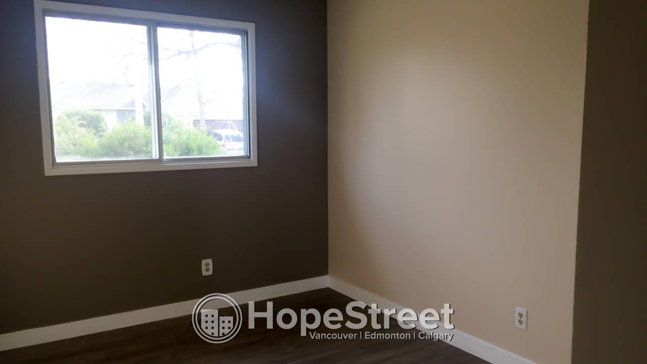 Main Floor With Three Bedrooms in St. Albert for Rent