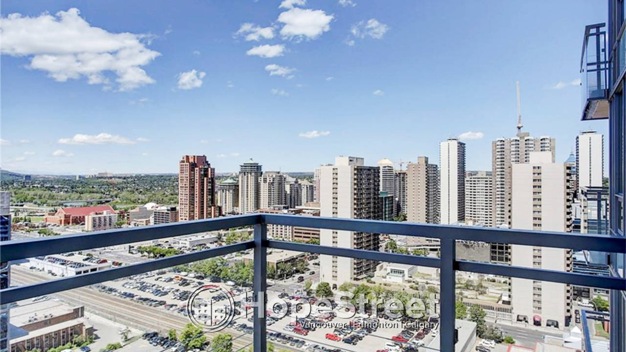1 Bedroom + Den Condo for Rent in Connaught
