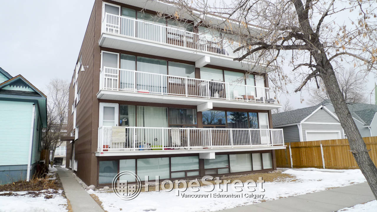 1 Bedroom Condo for Rent in Sunalta: Dog Friendly