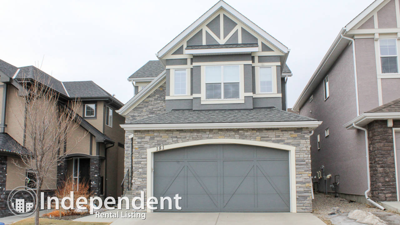 4 Bedroom House for Rent in Aspen Woods: Small Pets Allowed
