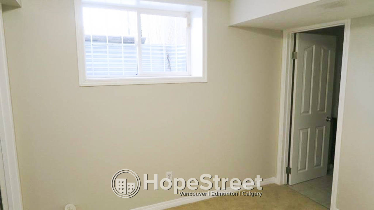 4 Bedroom Duplex for Rent in Forest Heights