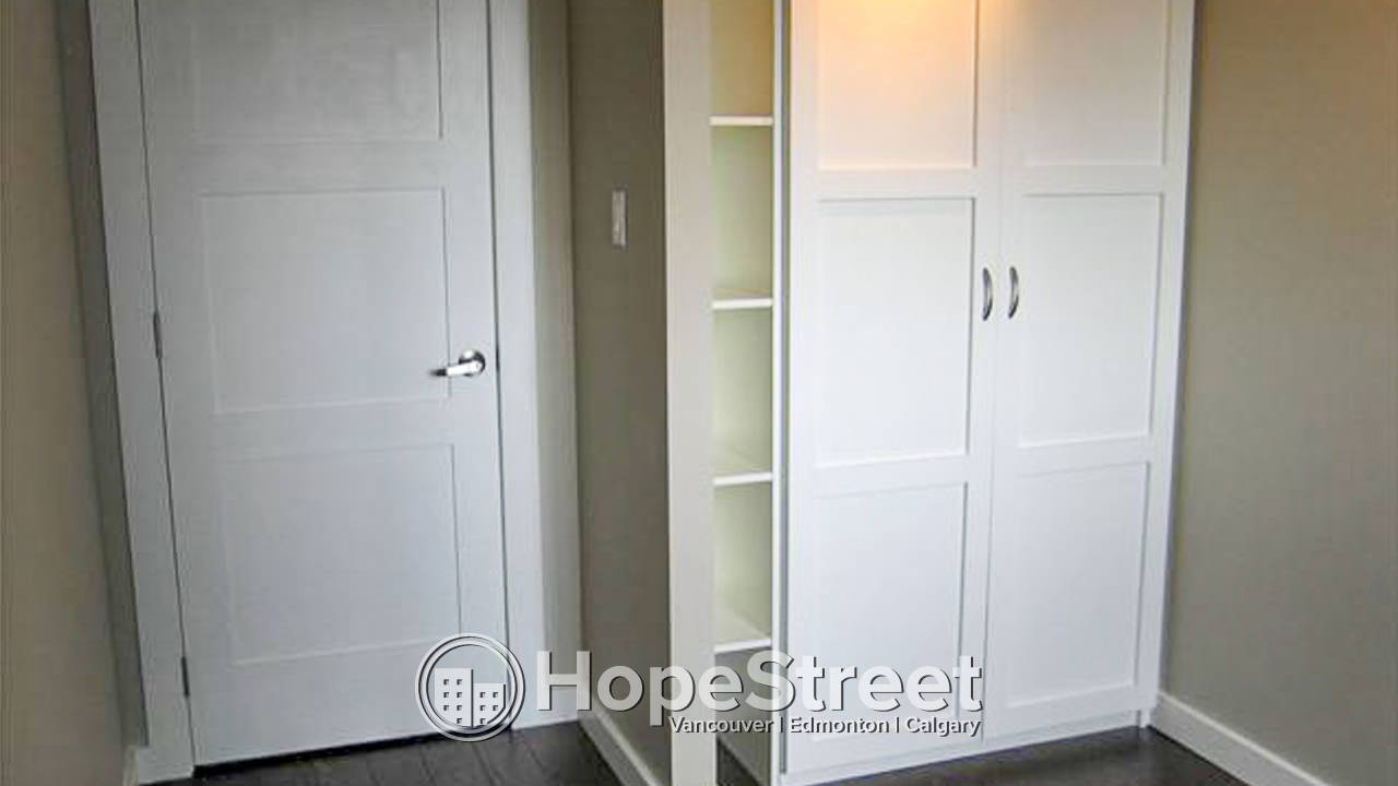 2 Bedroom Condo for Rent in Beltline: Pet Friendly