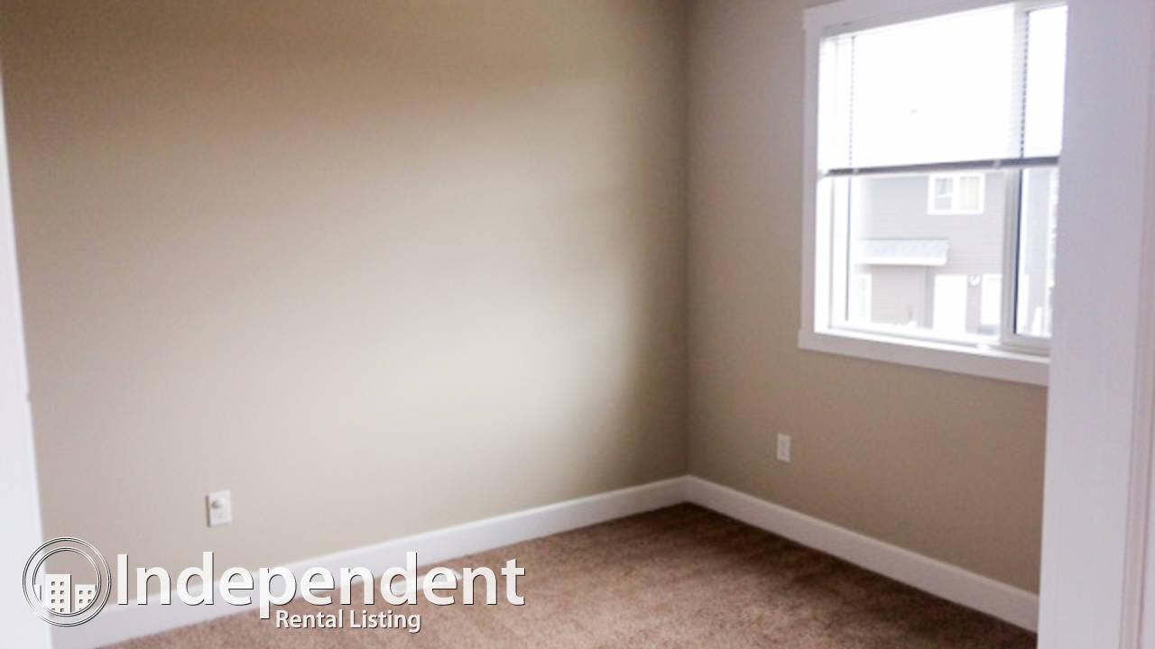Beautiful 3 Bedroom Duplex for Rent in Windermere