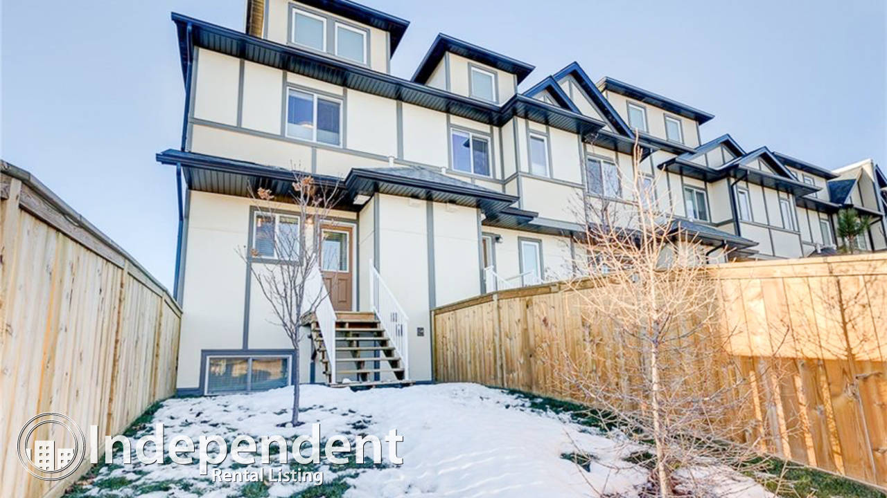 2 Bedroom Townhouse for Rent in Okotoks: Pet Negotiable