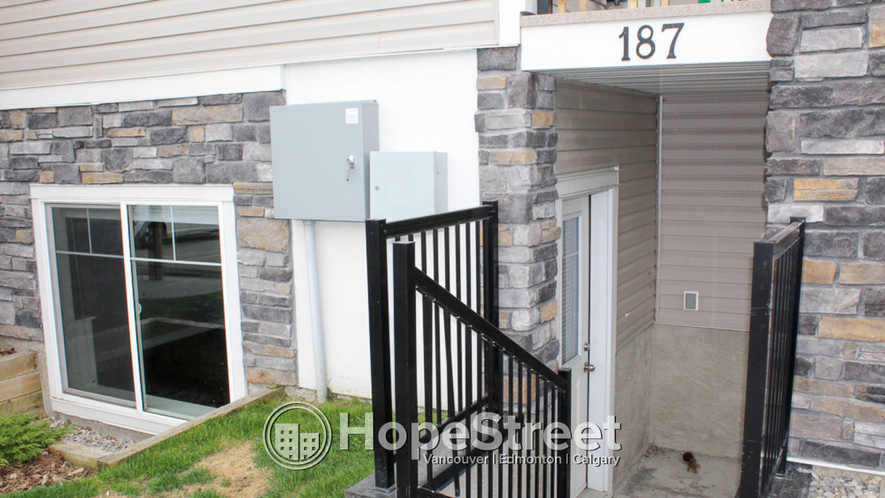 2 Bedroom Apartment for Rent in Chestermere