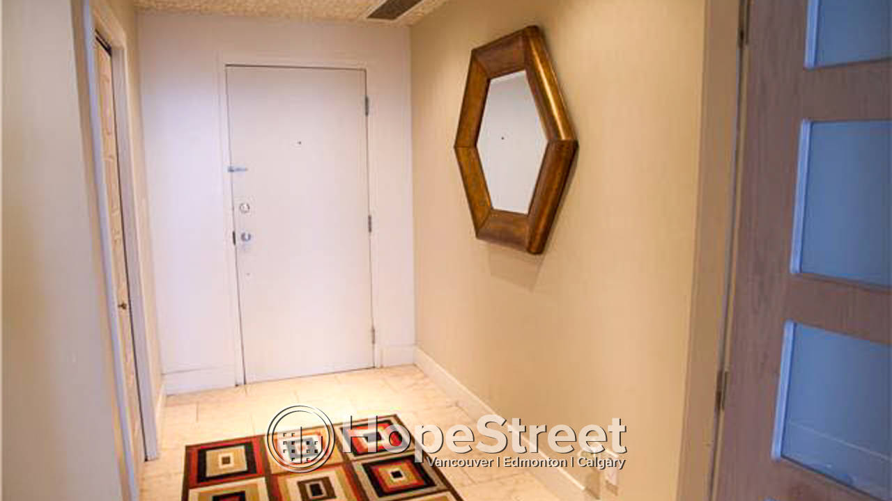 Executive 2 Bedroom Condo For Rent in Downtown: Pet Friendly