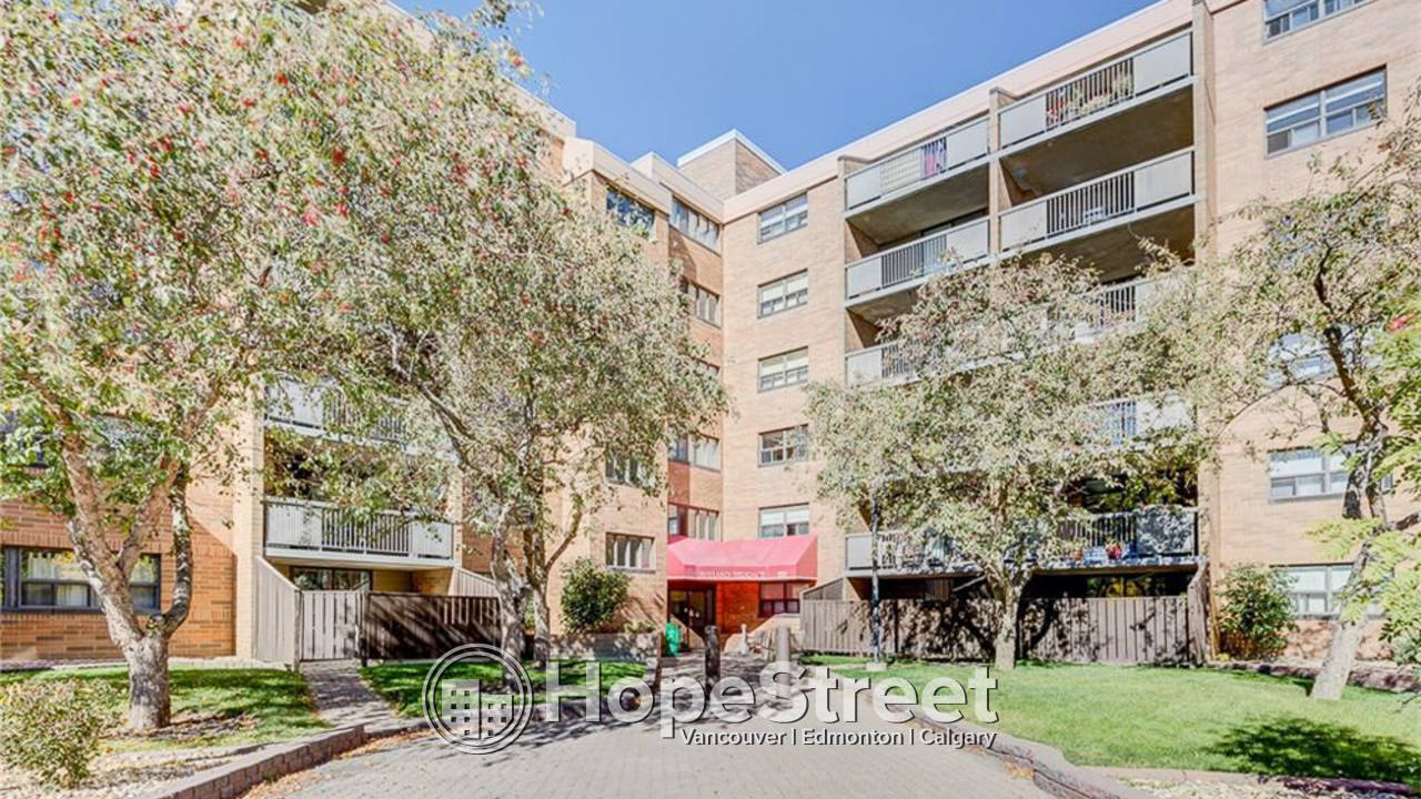 2 Br Condo in Mayland Heights: Pet Friendly & Utilities Included