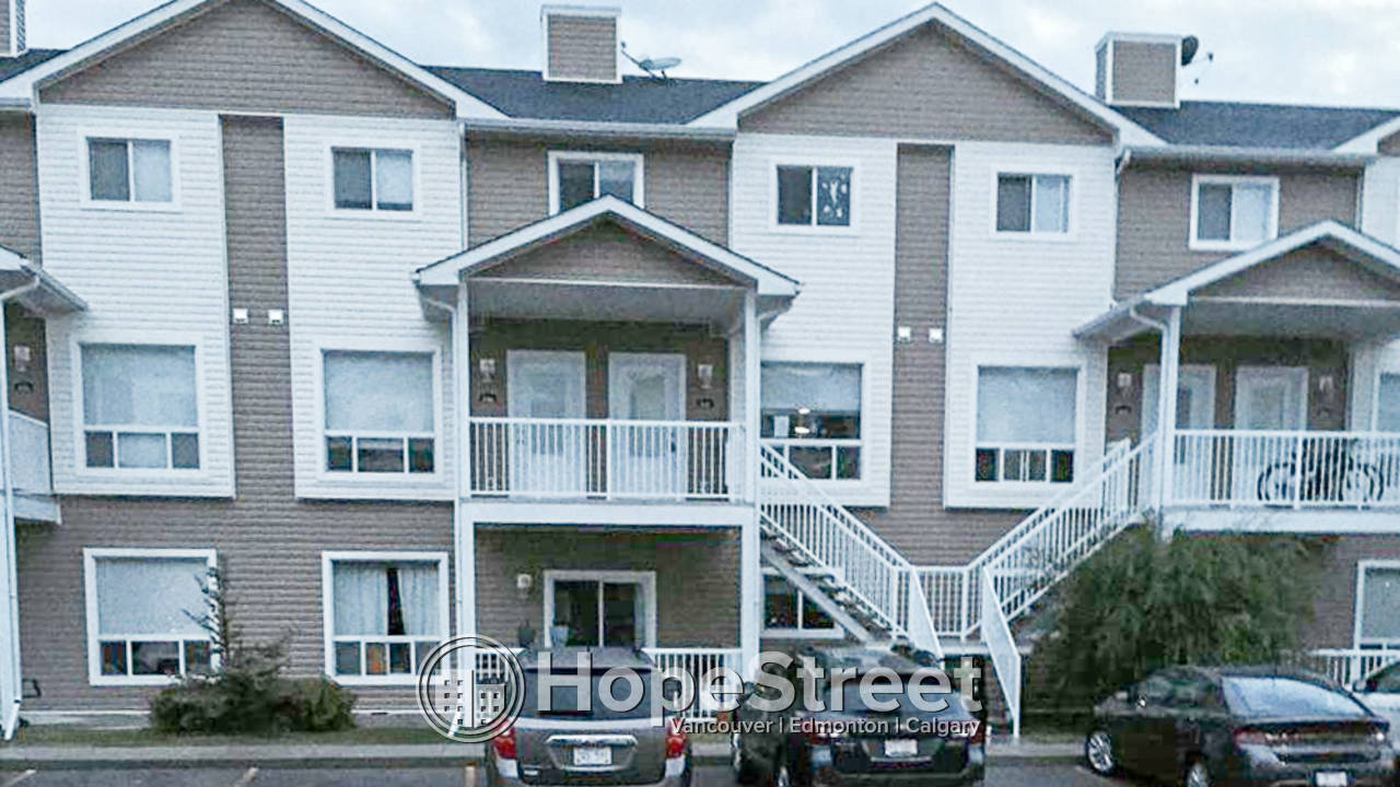 3 Bedroom Condo for Rent in High River