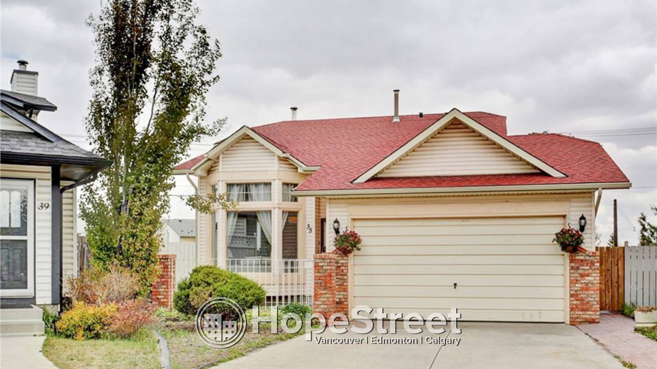 4 Bedroom House for Rent in Taradale: Pet Friendly