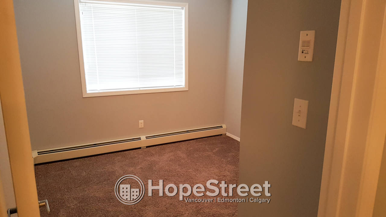 2 Bedroom Condo for Rent in Clareview: 50% off First Month Rent