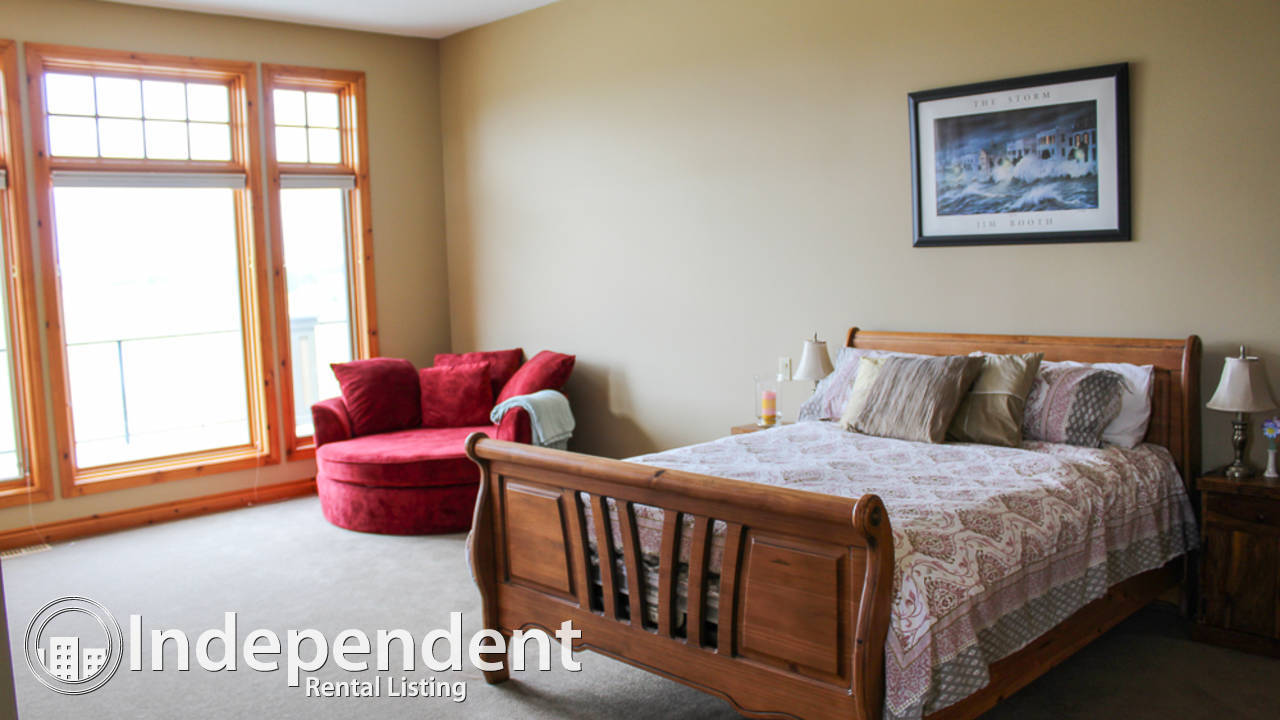 Gorgeous 4 Bedroom House for Rent in Bearspaw