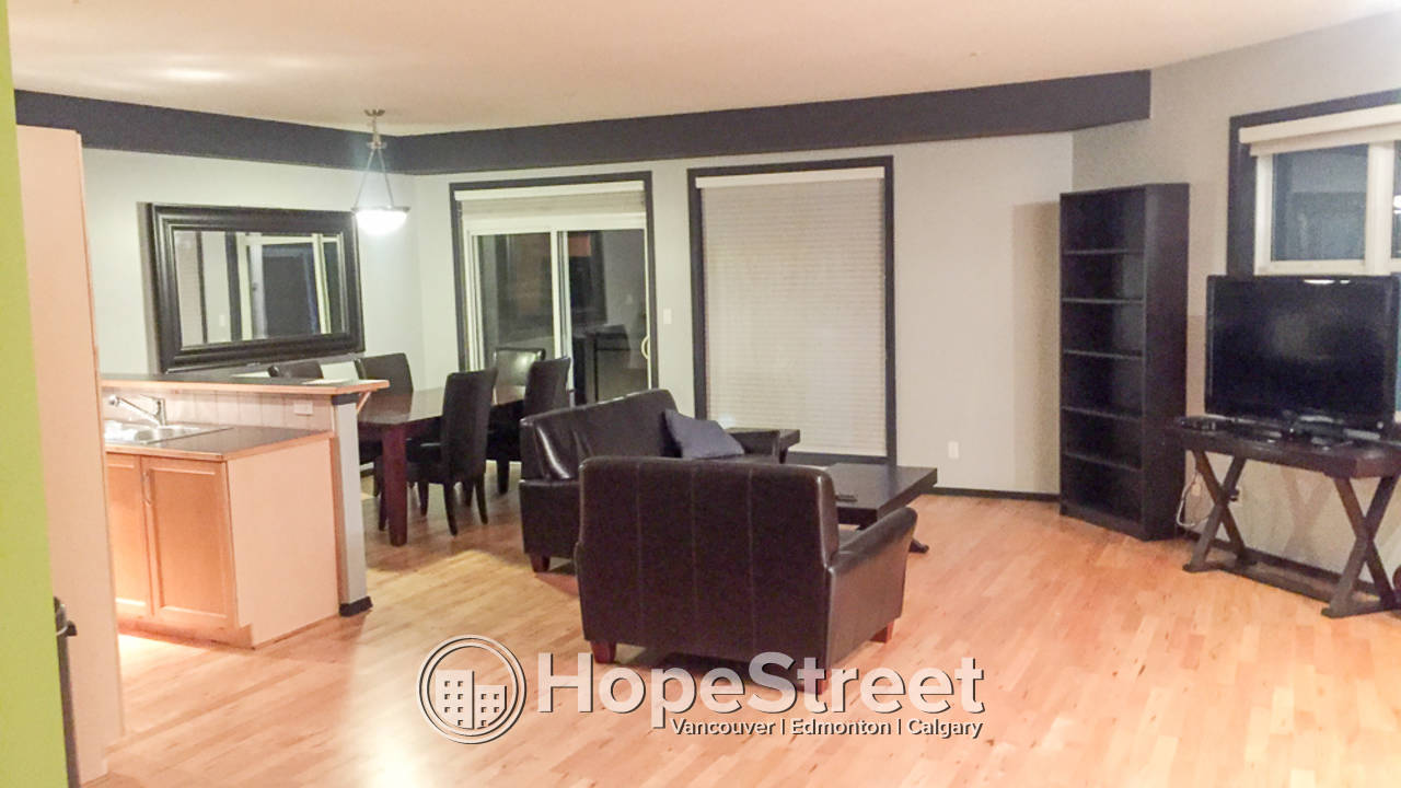 Furnished 1 Bedroom Condo for Rent in Westmount: Pet Friendly