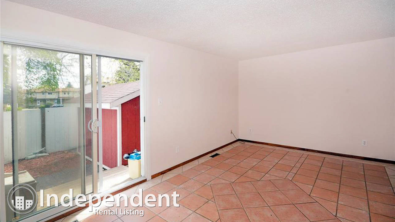 3 Bedroom Townhouse for Rent in Bannerman: Dog Friendly