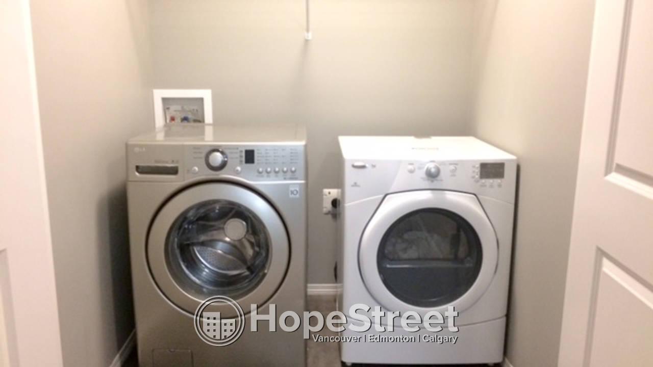 3 Bedroom Duplex for Rent in McConachie